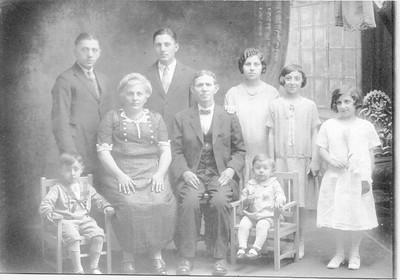 Parisella Family circa 1925