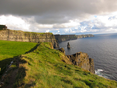 12 Cliffs of Moher