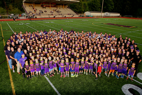 Issaquah Football BBQ Group Shots 2014