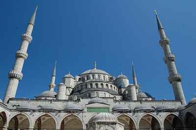 Blue Mosque from the entrance courtyard.