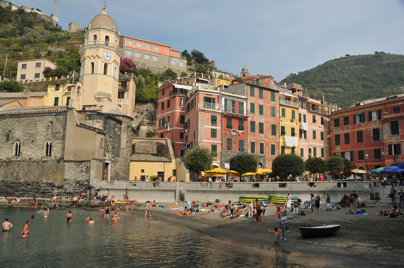 Vernazza Harbor