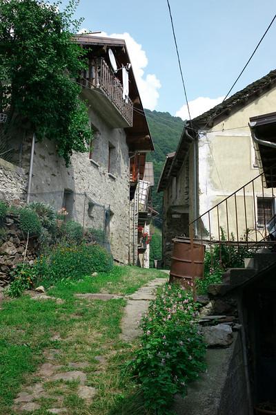 the walkway to the De Virgilio house in Fobello