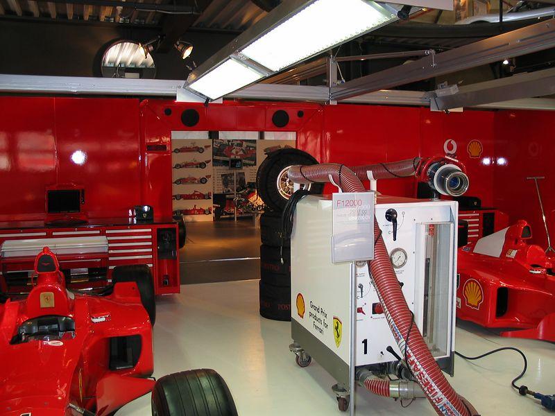 Garage, 2