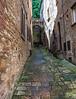 Alley in Volterra_8000375