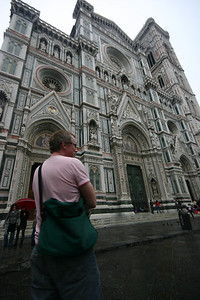 Matthew blends in to the facade of the duomo - perfect colour coordination!