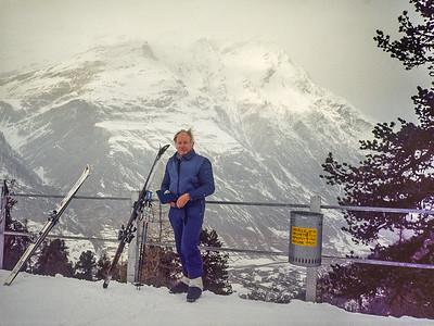 1981 JER Mathews skiing at Zermat, Switzerland a NEG
