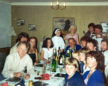 1981 Xmas JERM, Paula, Anne, Ray, Pat, Karyn, Mary, Janet, Peter, Greg, Eric, Kevin, John
