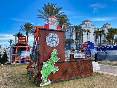 Jacksonville Beach Bar Association at Deck the Chairs