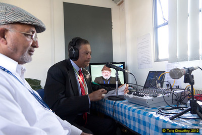 Bary Malik of Jalsa FM - the live onsite radio broadcast of Jalsa proceedings, interviews and other items. (Ref MG_1404)