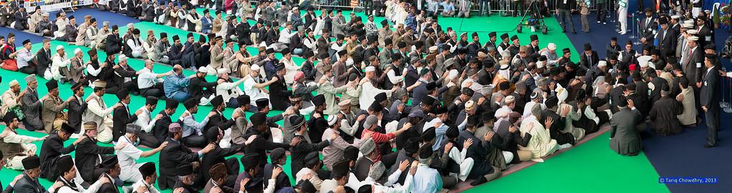 Jalsa Salana Day 3_TCho- High rise of the International Bai'at.