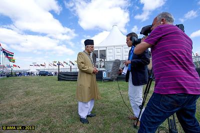JA3_4199 Imam Sahib UK interviewed by the national ITV news channel.