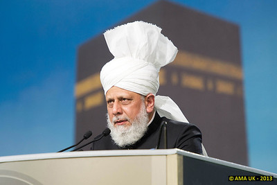 JA3_4270 Huzur's (aba) address at the Jalsa