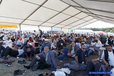 Jalsa Salana Day 2_TCho-2647 Weather was great and delegates listened to the speeches outside the main marquee.