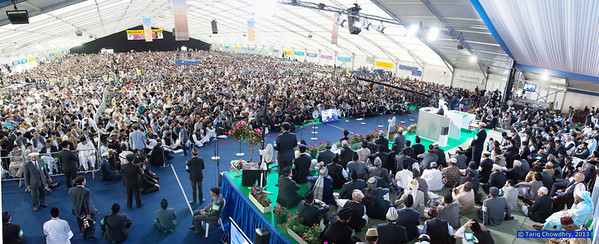 Jalsa Salana Day 3_TCho--3 High rise and panoramic of the main Jalsa marquee