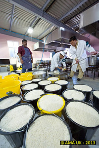 JA3_4374 A lot of people like rice!