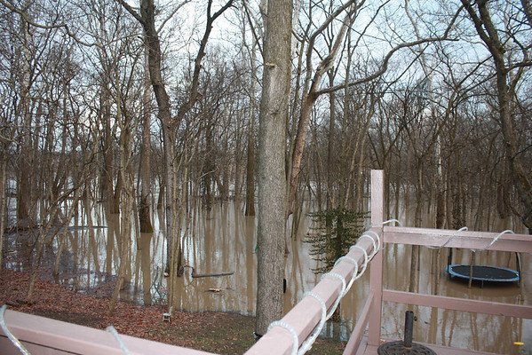 Flooding along the White River in Anderson at 8:30am January 14.<br /> <br /> Photographer's Name: Rachel Landers<br /> Photographer's City and State: Anderson, IN