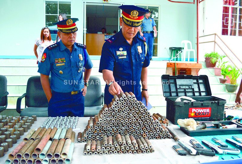 Police confiscate firearms in Cebu