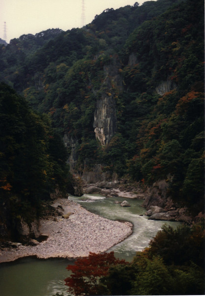 Near Fujiwara Onsen (hot springs) near Nakatsugawa City in Gifu Prefecture. The beauty of these autumn rides...