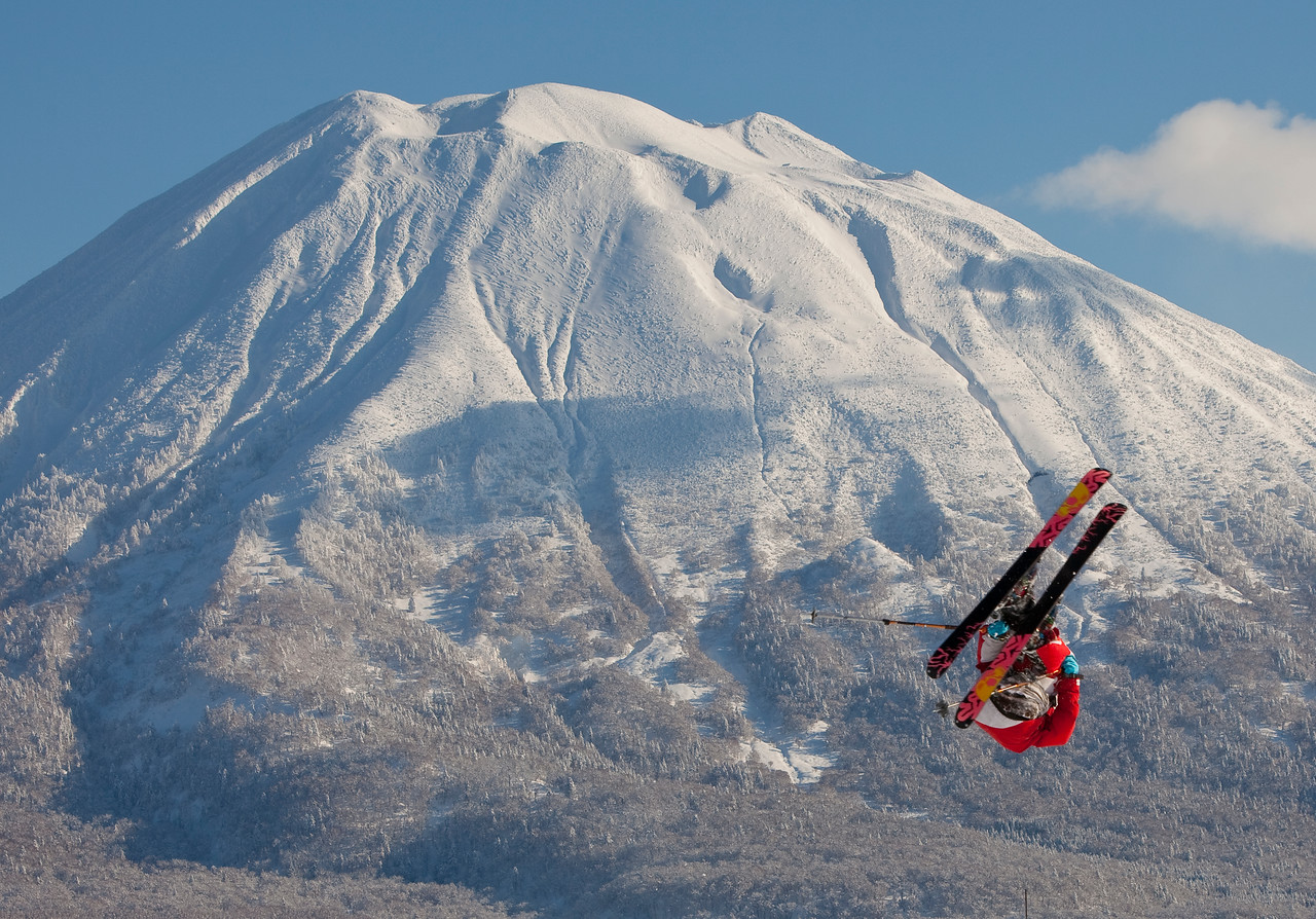 Freestyle skier, Niseko, Japan(MR)
