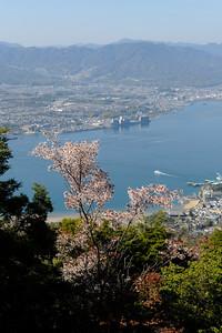 Vue du Mont Misen (530m), Île de Miyajima, 2014.