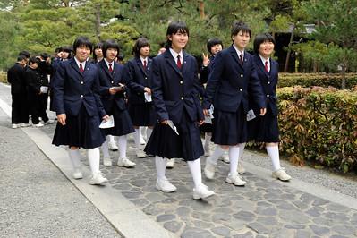 Collégiennes en uniforme, Kyoto, 2014.
