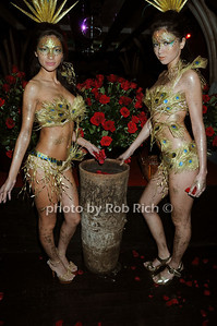Brazilian Dancers photo by Rob Rich © 2008 robwayne1@aol.com 516-676-3939