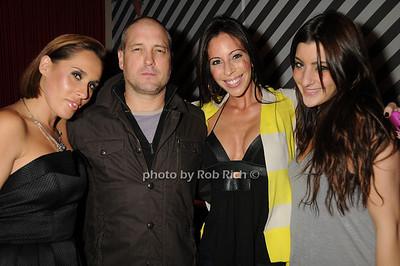 Jayma Cardoso, friends photo by Rob Rich © 2008 robwayne1@aol.com 516-676-3939