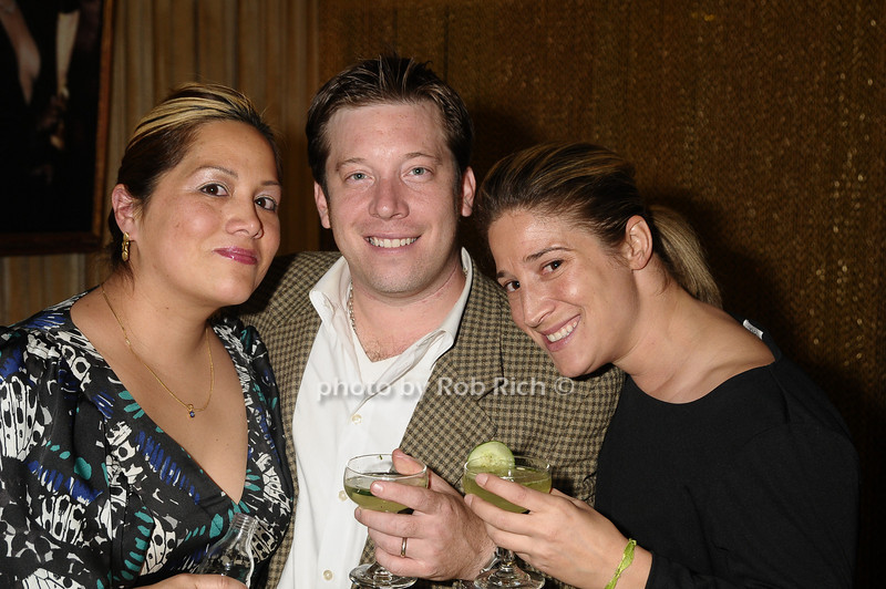 Zoila Knab, Ryan Knab, Jaime Keller<br /> photo by Rob Rich © 2009 robwayne1@aol.com 516-676-3939
