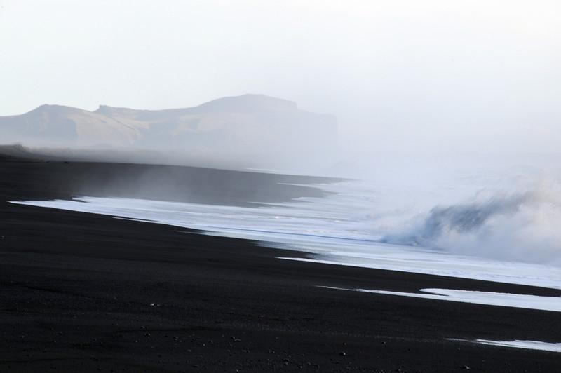 DSC_7393 - 2009-10-31 at 14-00-00. Black sand beach at Vik