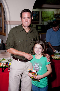 Jeff Corwin signing his recently released book for one of his younger FONZ members, Lauren Stubenhofer. (photo released)