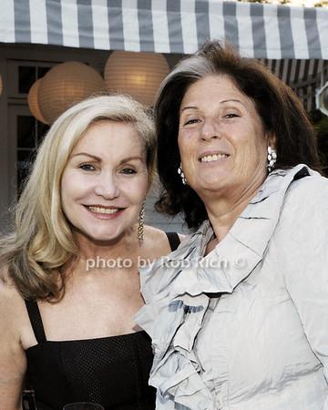 Linda Hatfelder, Rya Fuchs