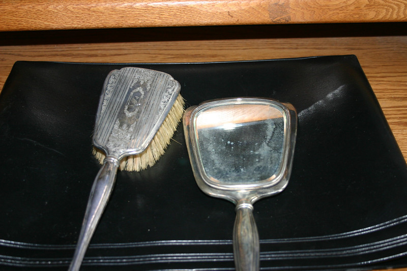 """Note intial """"S"""" for Smith.  This is likely silver as it is tarnished.  G.W. 17-10-2012"""
