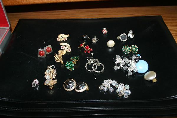 Jewellery & Silverware - Mom's