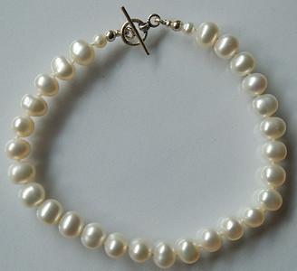 Bracelet-PearlsSS01