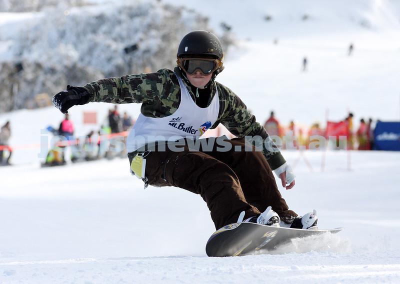 Jewish inter-school skiing championships 2008, Mt Buller. Adrian Rich, year 8, Bialik College. photo: peter haskin