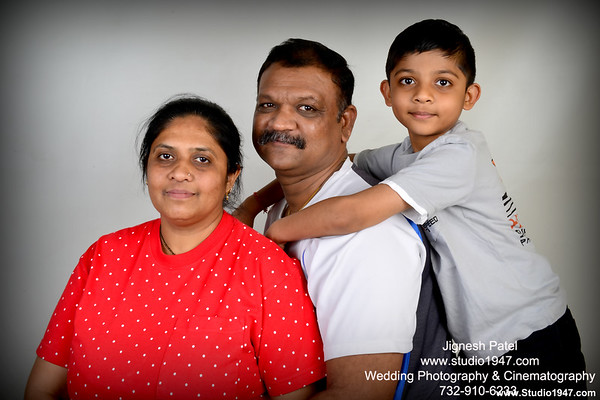 Dilpesh Family pic (1.08.2014)