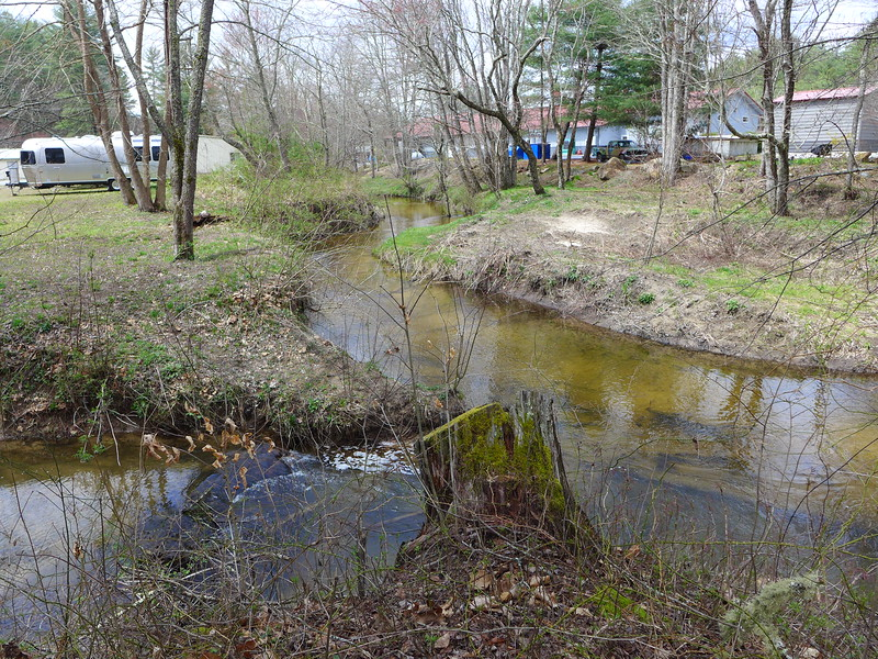 Junction of 3 creeks into one
