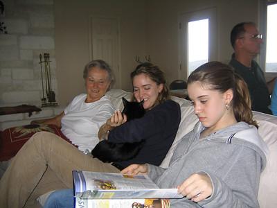 20031109 Reedy Family Visit - Llamas, shooting 039