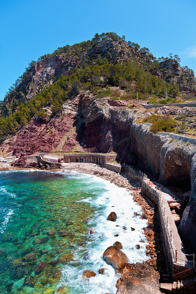 Estellencs Rock Beach, Mallorca