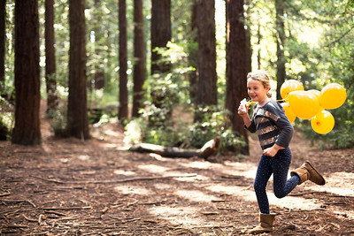 129_1running_balloons_forest_1398