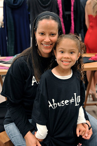 ACTRESS KIMBERLY ELISE JOINS SHOPPING WORKS WONDERS LINEUP AS CELEBRITY FASHION SHION HOST THIS EVENT IS TO RAISE FUNDS TO SUPPORT JENESEE CENTER AND HONOR JENESEE ANGELS, RIAZ PATEL, MIKKI TAYLOR, AIMEE CARPENTER, LESLEE FELDMEN AND TAMARA HOUSTON, TO CREATE THE FIRST EVER JENESEE STYLE CENTER. Valerie Goodloe