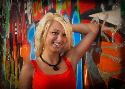 Tina Graffiti Scrunchy Smile Cute!-