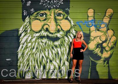 Tina Full Graffiti Peace Man-1042