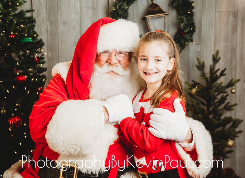 Kelly Santa Portraits-1