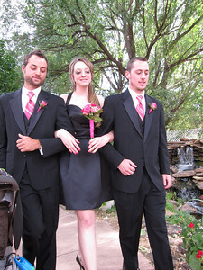 Brothers Eric and Jason with bridesmaid Helena, Beto's aunt.