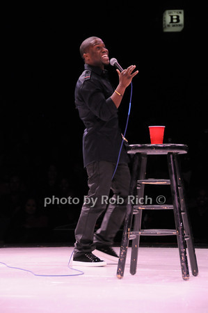 Kevin Hart<br /> photo by Rob Rich © 2010 robwayne1@aol.com 516-676-3939