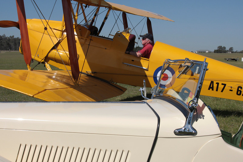 John Thyrd about to start the DH82a. VH-MDV- A17-626.  Peter's MG TC in the foreground.