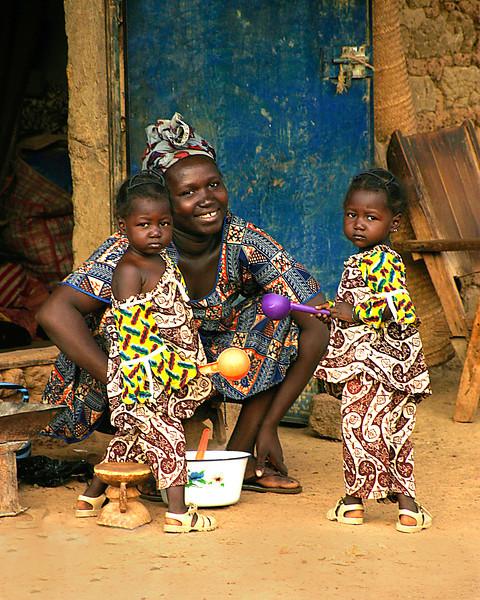 mom & twins © kit smith