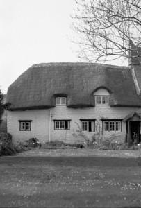 Sara's Cottage bwf48