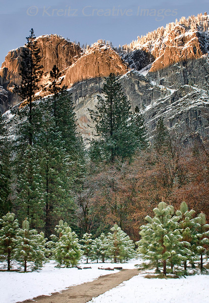 Snowy Sunrise in Yosemite Valley<br /> © Kreitz Creative Images, Palo Alto, CA